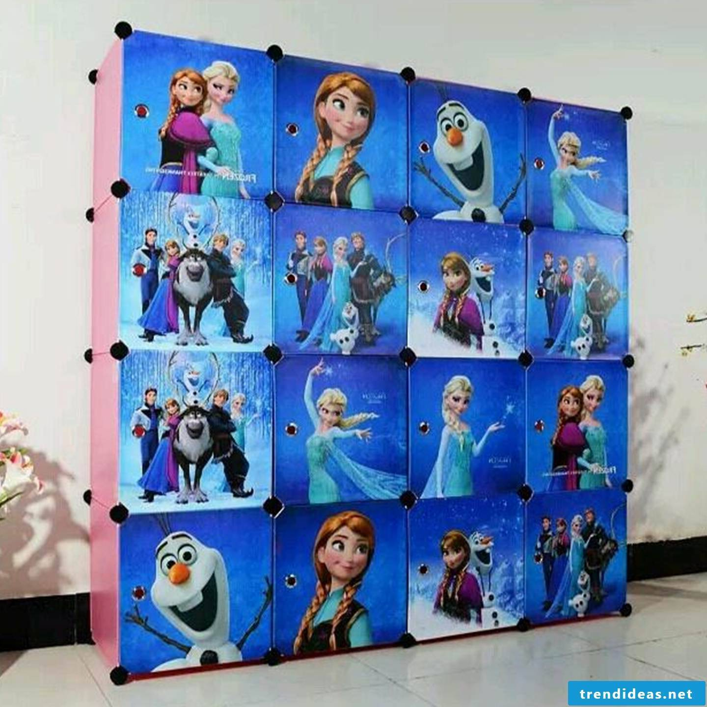 Frozen wardrobe for children