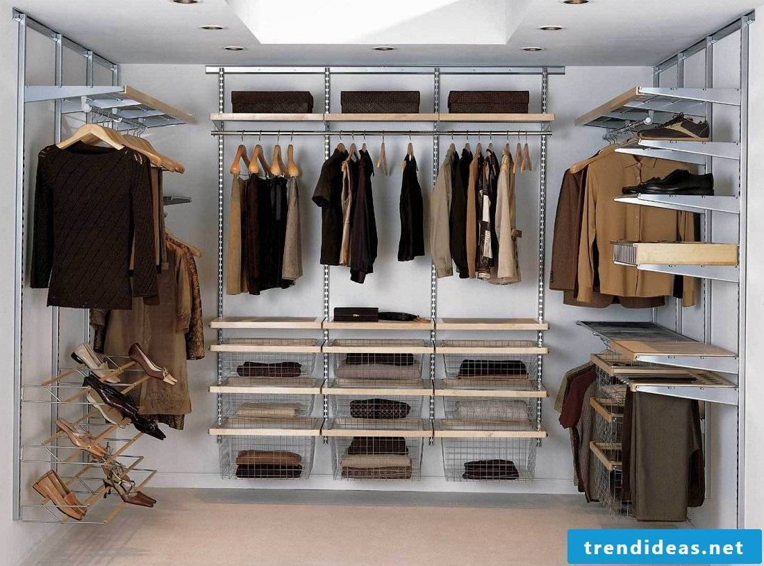 Build wardrobe yourself - walk-in wardrobe