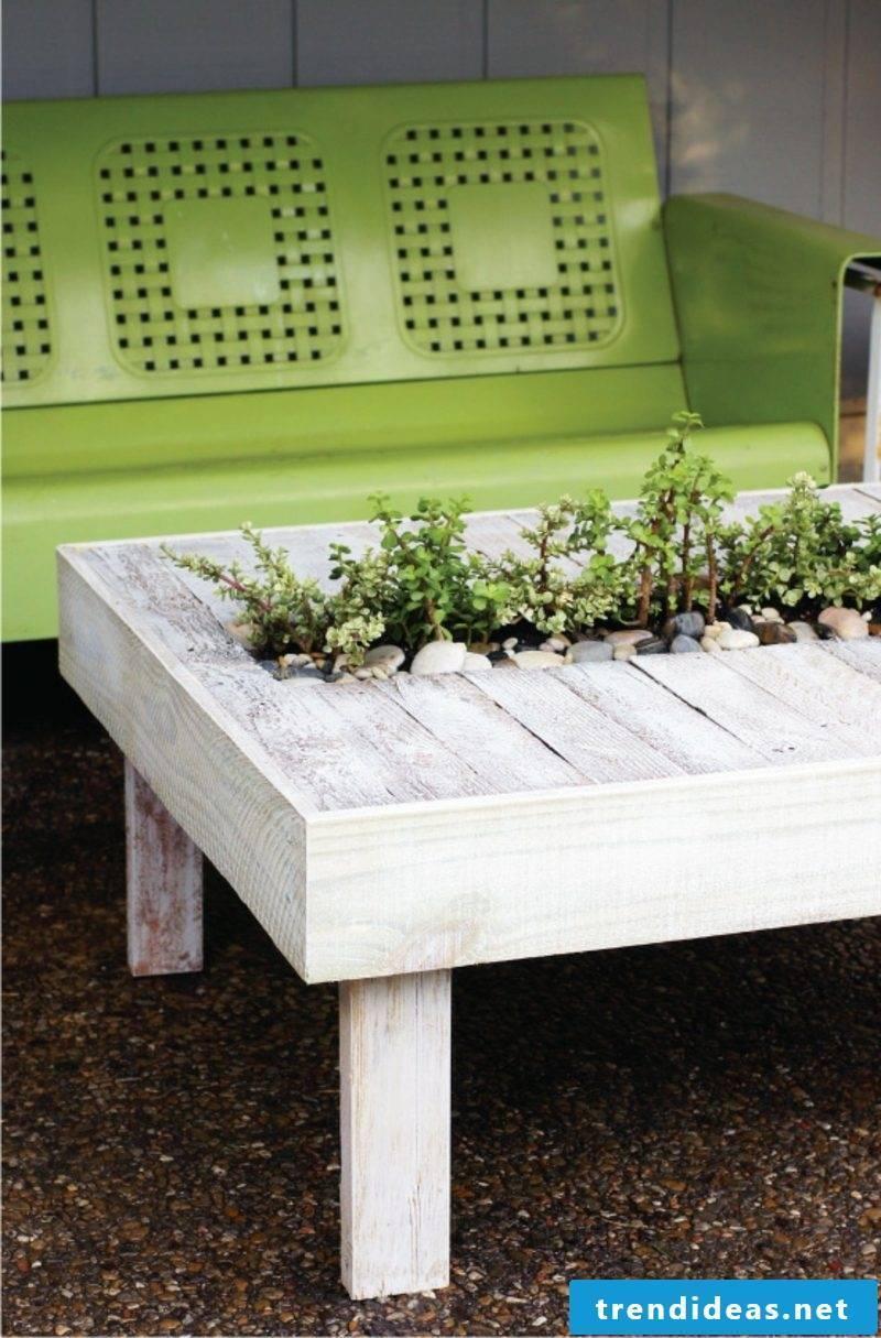 garden table build yourself palette cheap