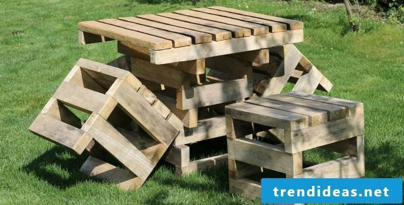 garden table build yourself outdoor furniture made out of wooden pallets