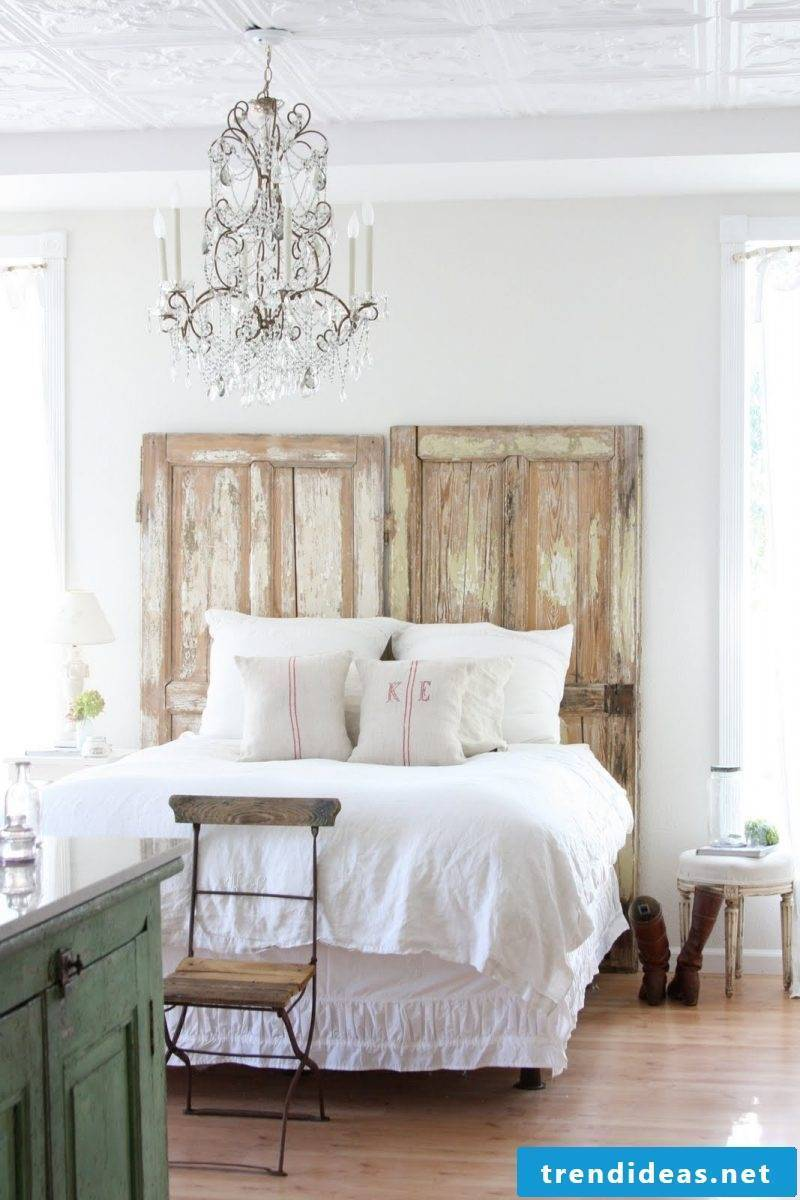 To build a headboard from the bed itself is easy