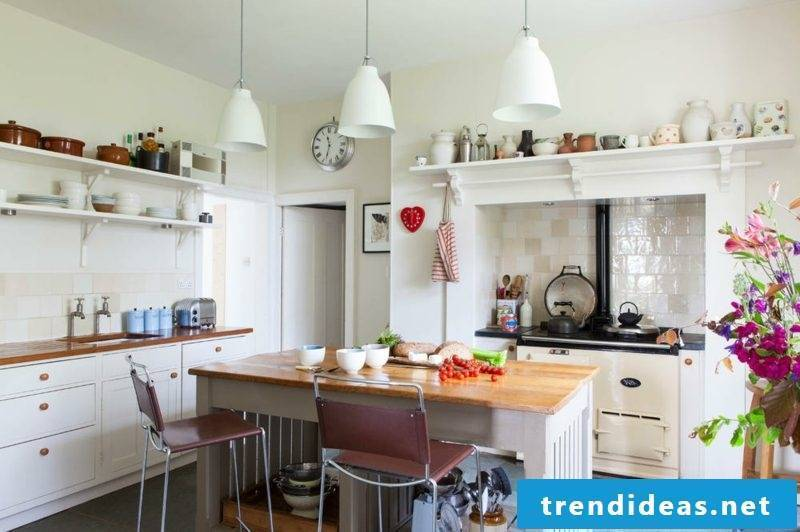Kitchen island country style