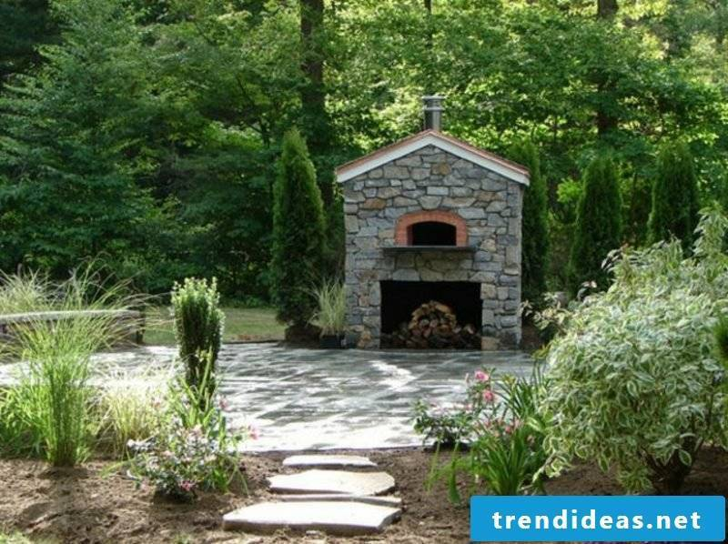 Outdoor fireplace and pizza oven Natural stone garden