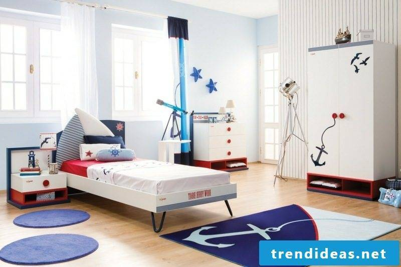 child growing bed with maritim boy's room