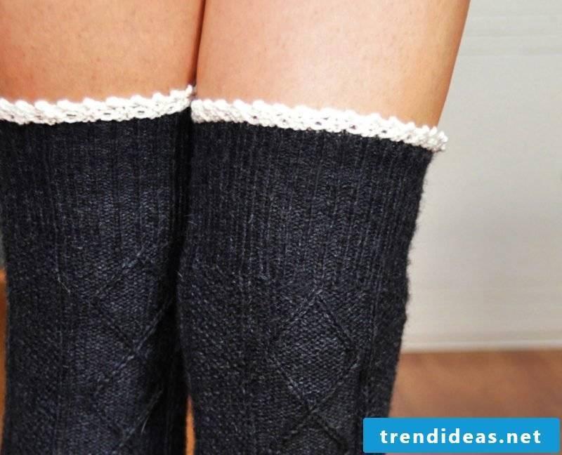 Knitted pattern for socks: pattern for knee-length socks
