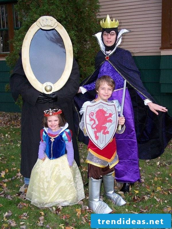Carnival group costumes Snow White