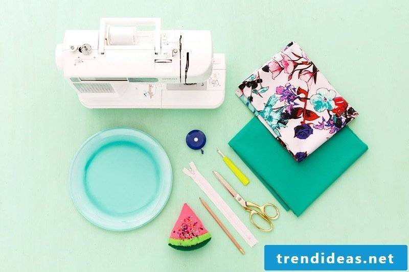sewing ideas for beginners clutch sewing instruction materials