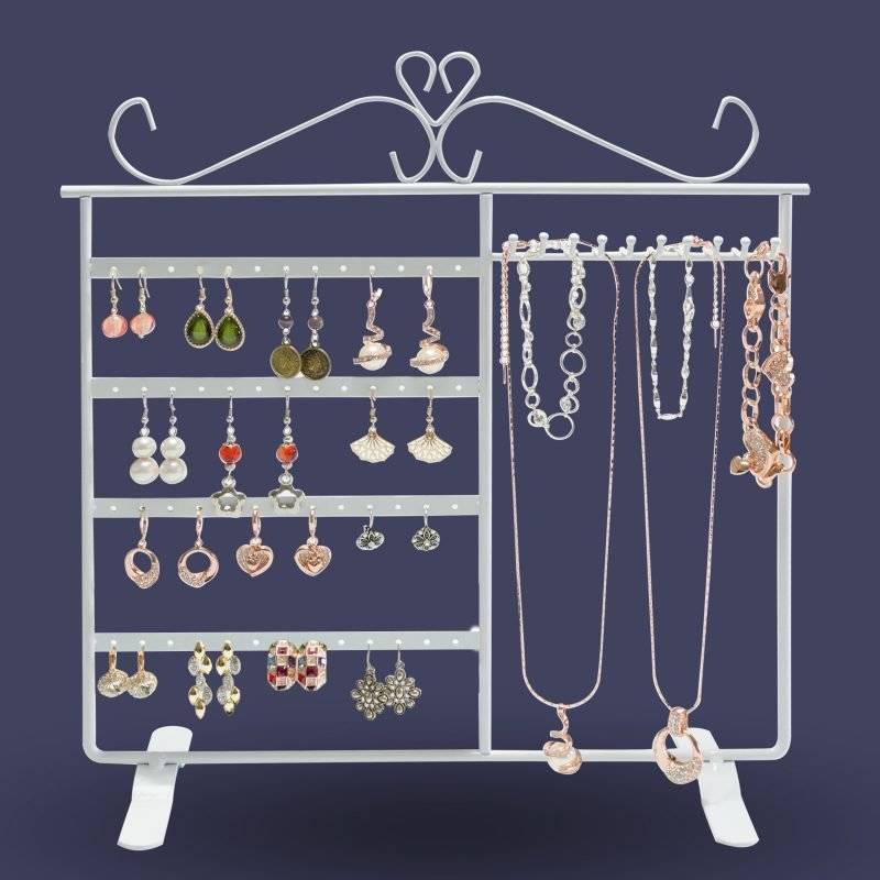 interesting jewelery stand