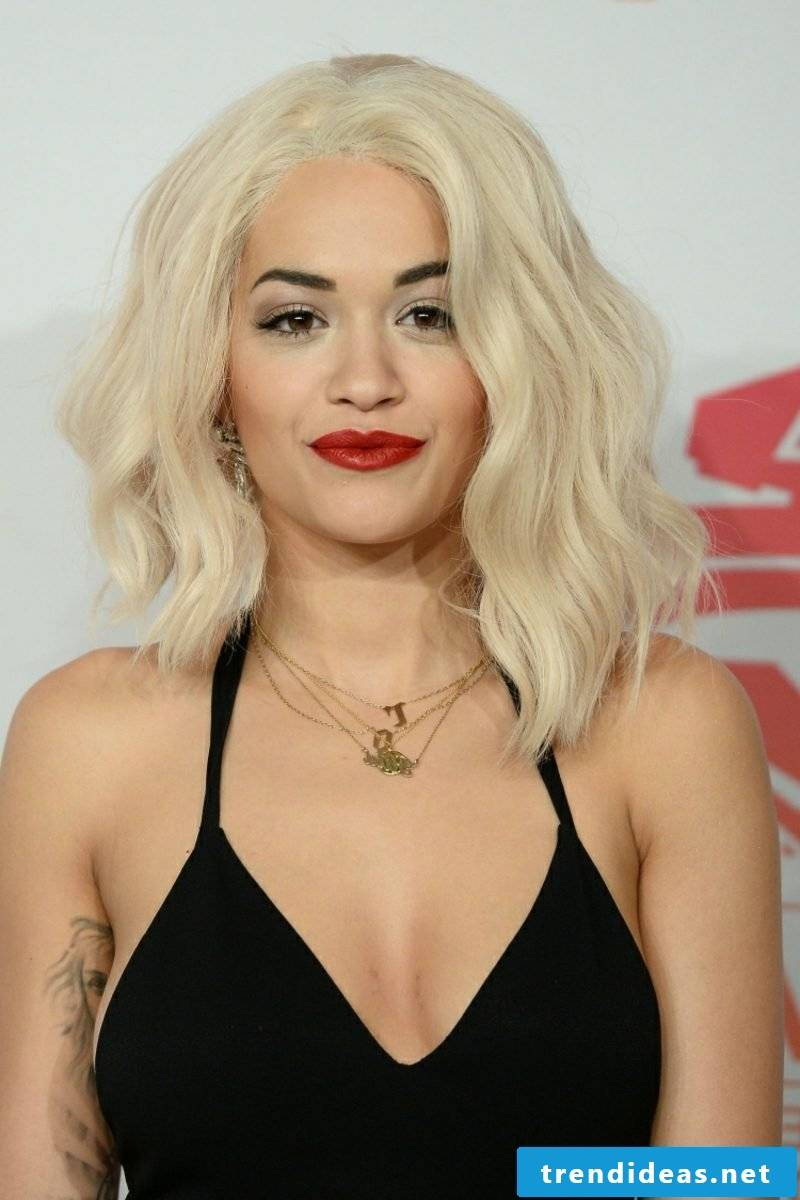 blond hair Eisblond Rita Ora