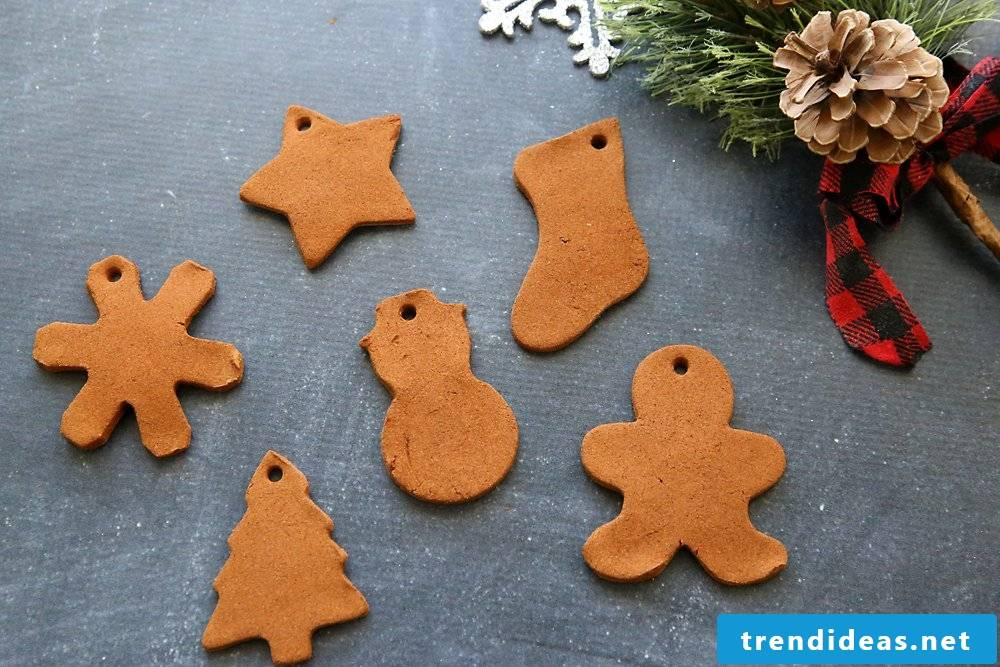 Christmas crafts with kids - baking Christmas cookies