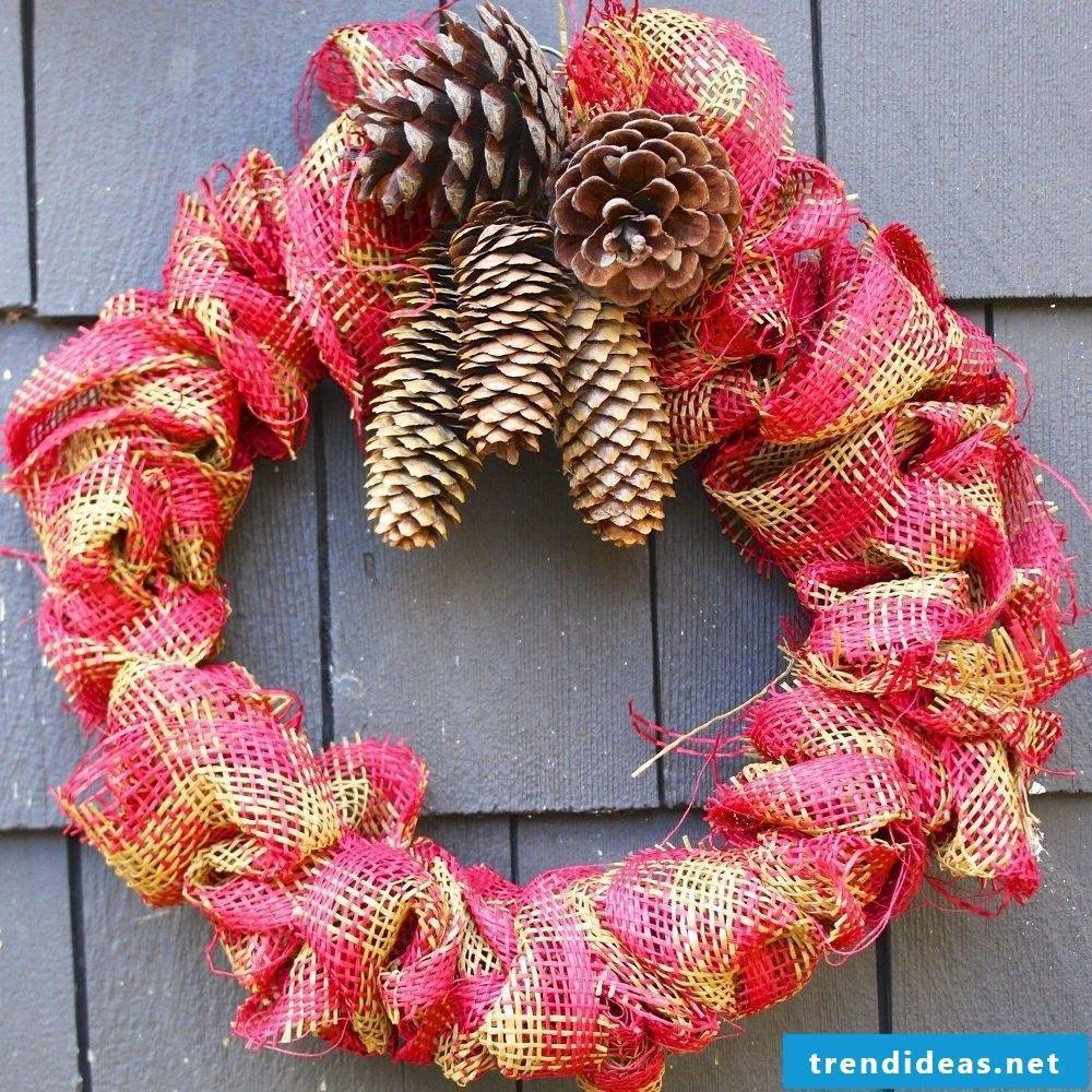 Net grind wreath for christmas