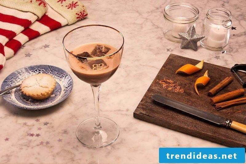 Nicholas gift for friend Christmas liqueur DIY