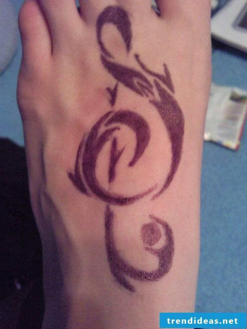 keyring tattoo music