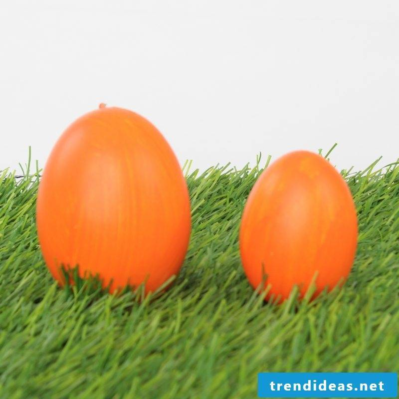 eggs color orange