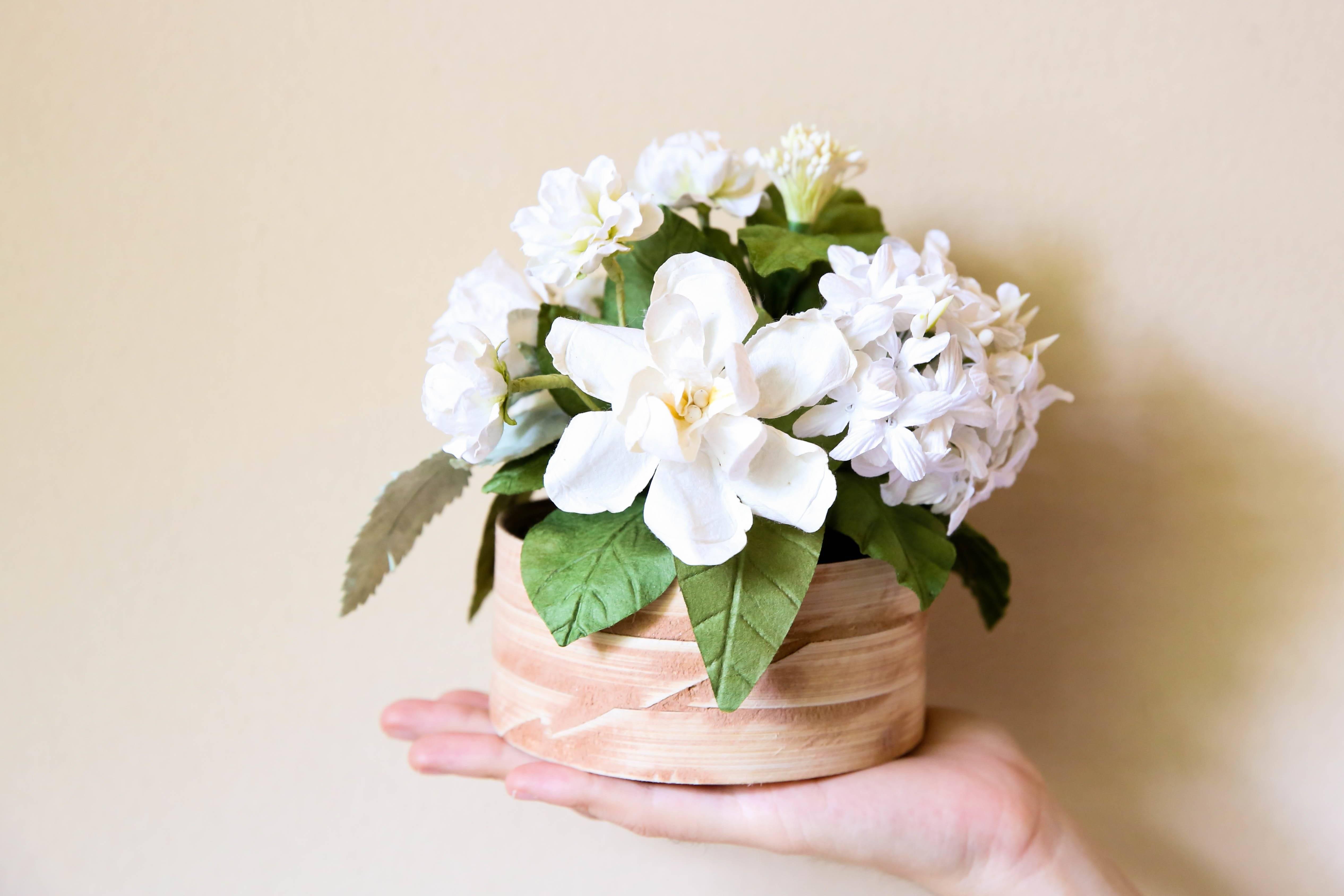 Flowers crafts with children