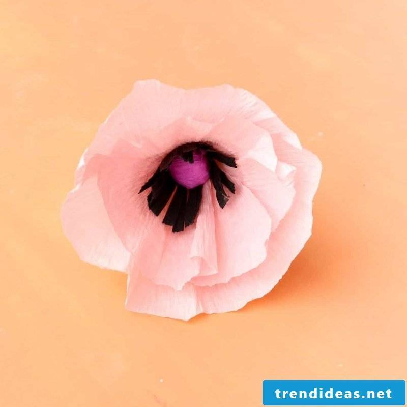 Make Paper Flower Tips: Spray the flower with perfume to make it look more and more real.