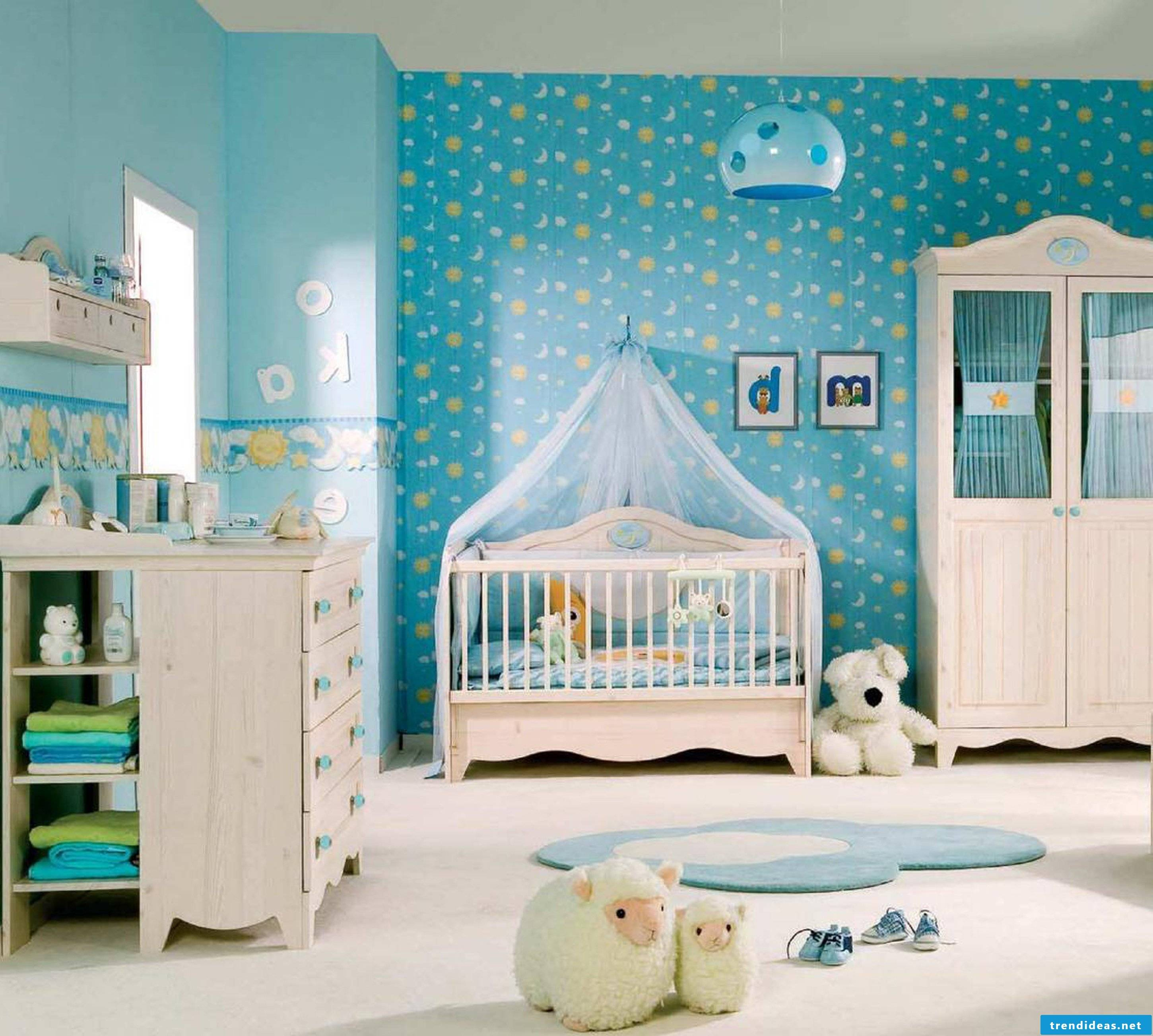 Chic nursery for the baby boy