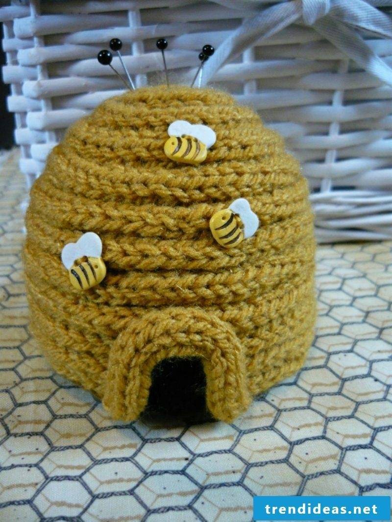 Strickliesel Craft Projects Pincushion Beehive