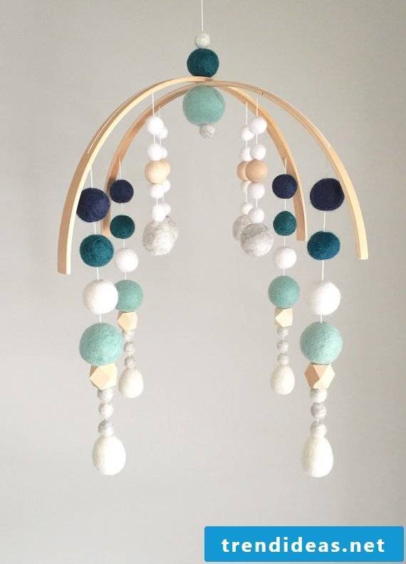 Felt balls and pearls - a nice mobile