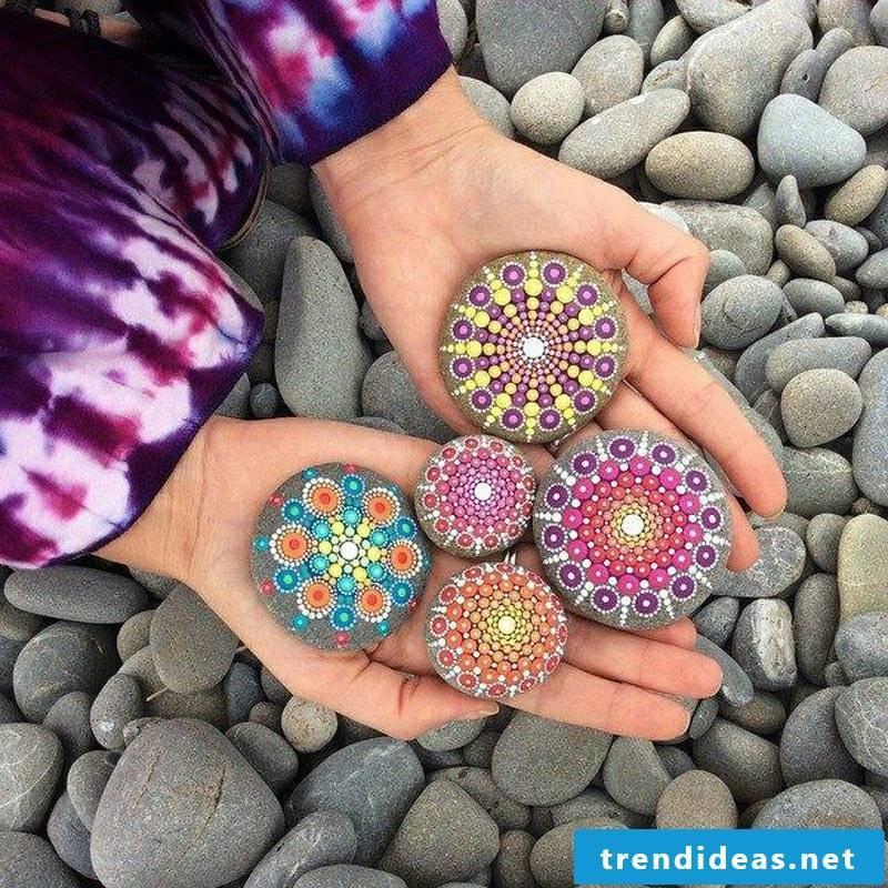 painted stones beautiful mandalas