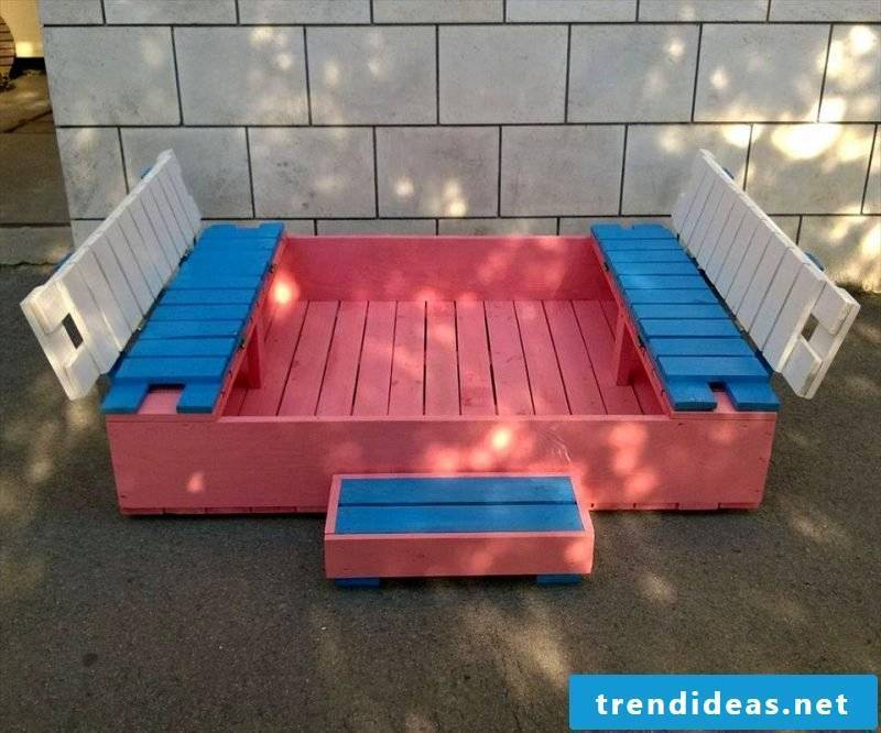 Sandbox build out of pallet
