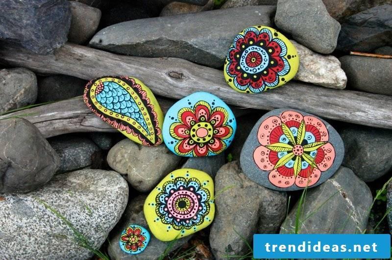 painted stones beautiful craft ideas