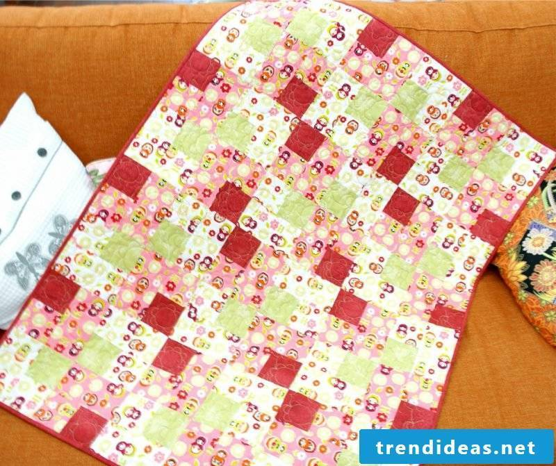 Patchwork blanket sew for kids
