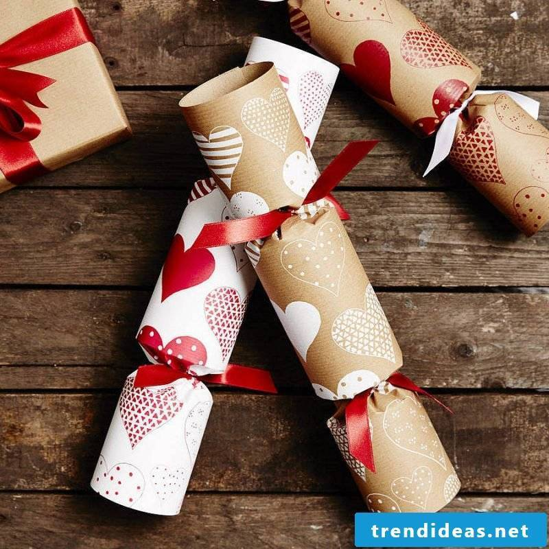 Christmas motives to print pops