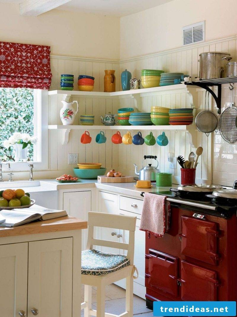Kitchen decor with colors