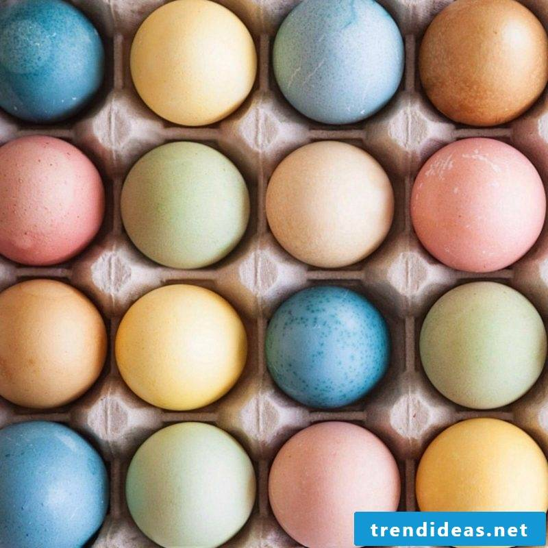 Coloring easter eggs Making natural colors yourself