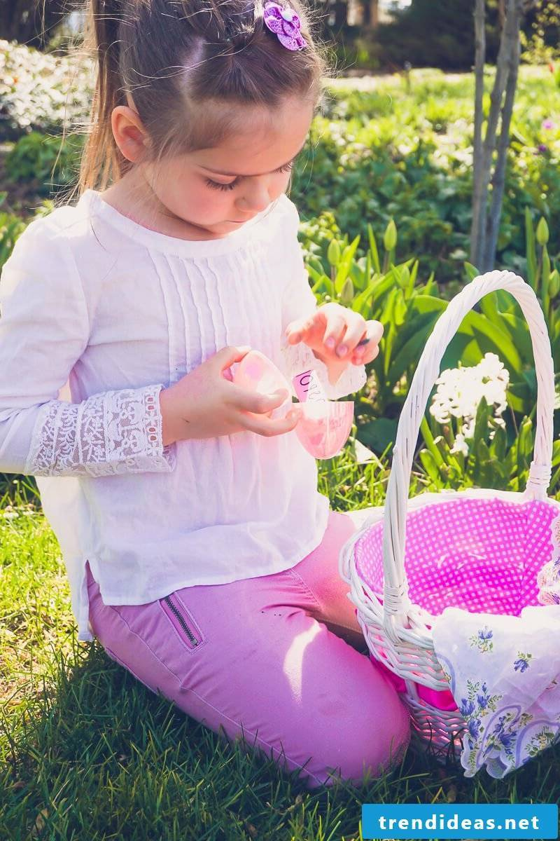 Find great ideas for Easter eggs for kids here