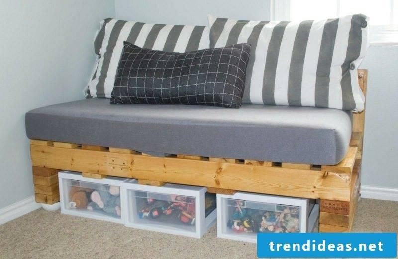Euro pallets sofa creative DIY ideas