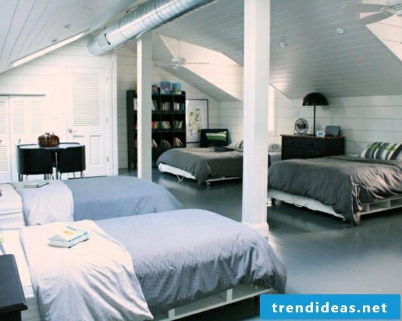 Euro pallets bed hostel