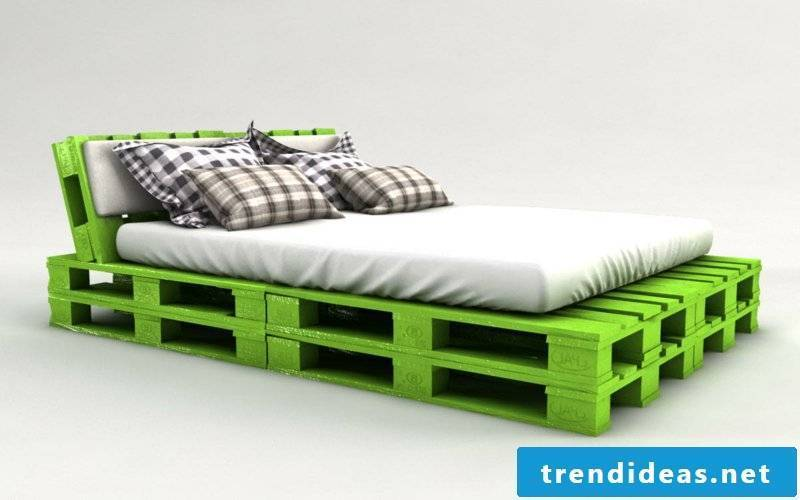Easy to build Euro pallet bed yourself - detailed instructions