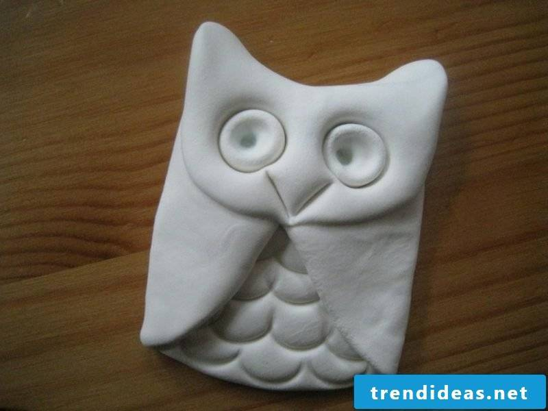 Make an owl out of modeling clay