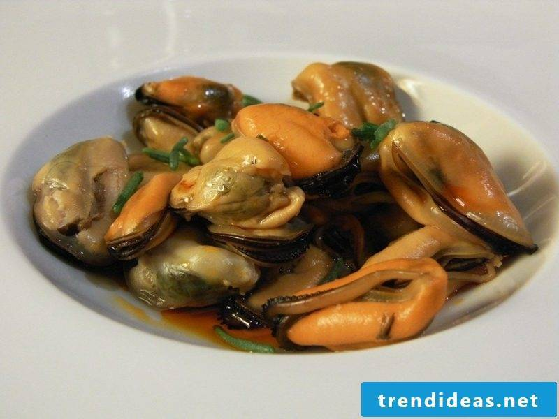 Holy Week meaning Good Friday 2017 recipes to prepare mussels