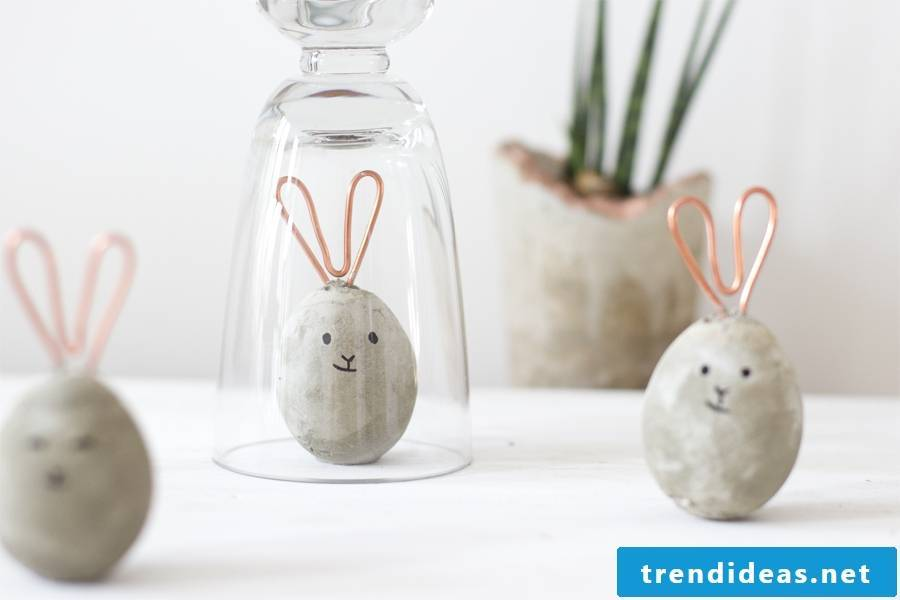 Our DIY ideas are aimed especially at the little ones and adults who are looking for creative inspiration for Easter bunny crafts.