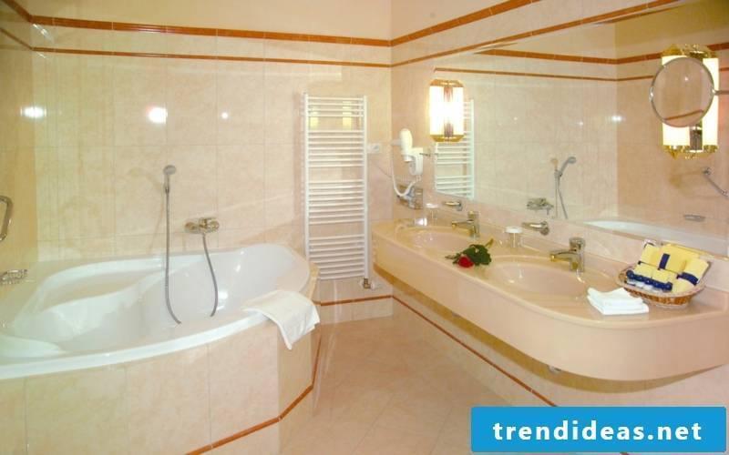 Schoene-Elegant-Bathroom-Interiors-baddesign-7-baddesign