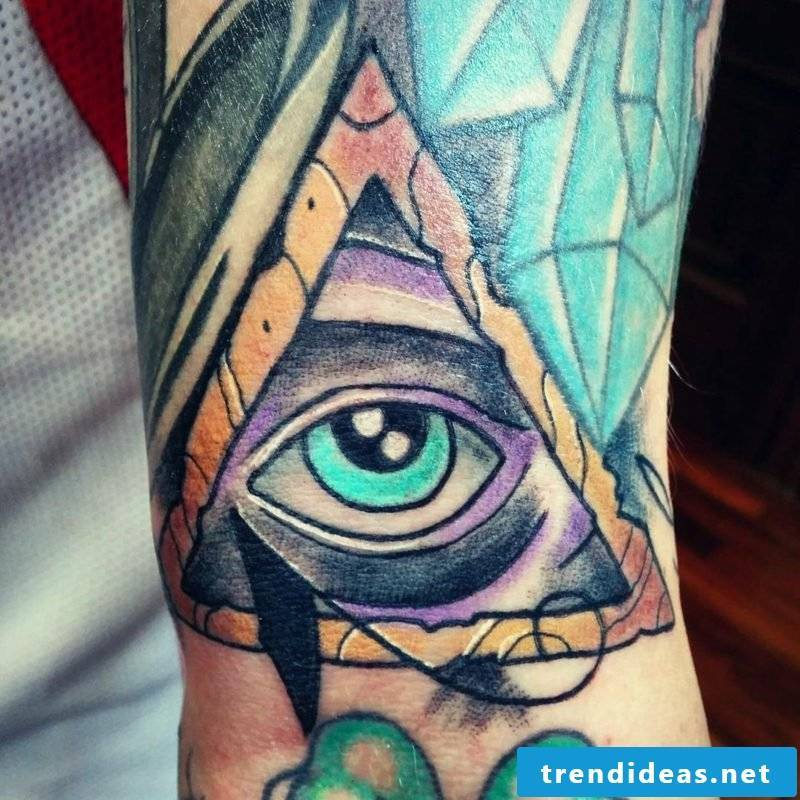 eyes tattoo revealing truth