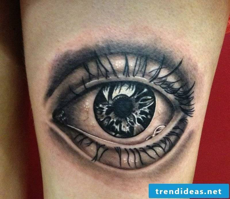 realistic eyes tattoo design