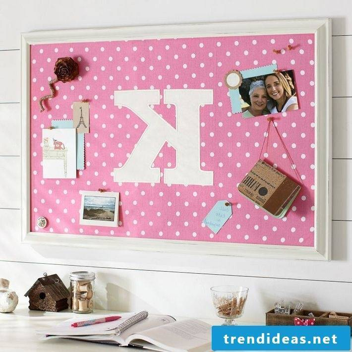 pin board itself make pink