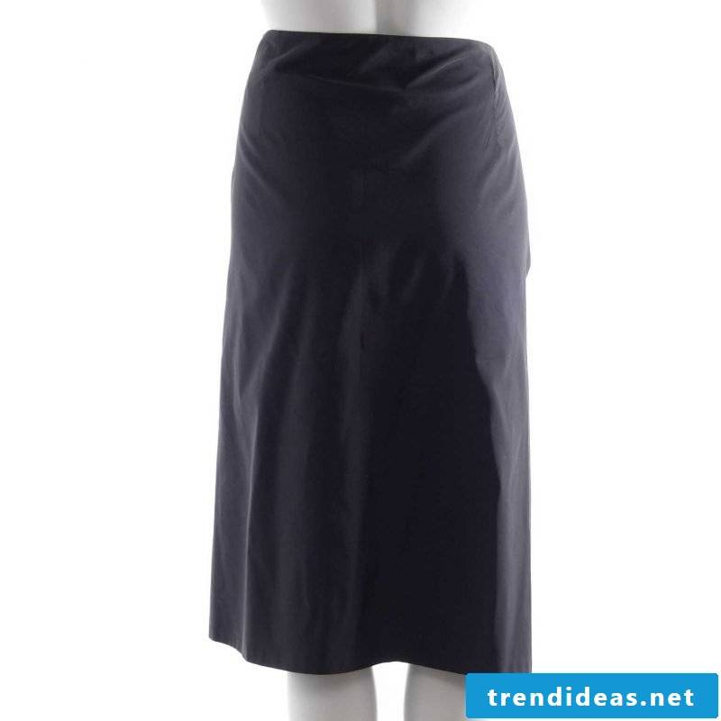 elegant wicker skirt in black