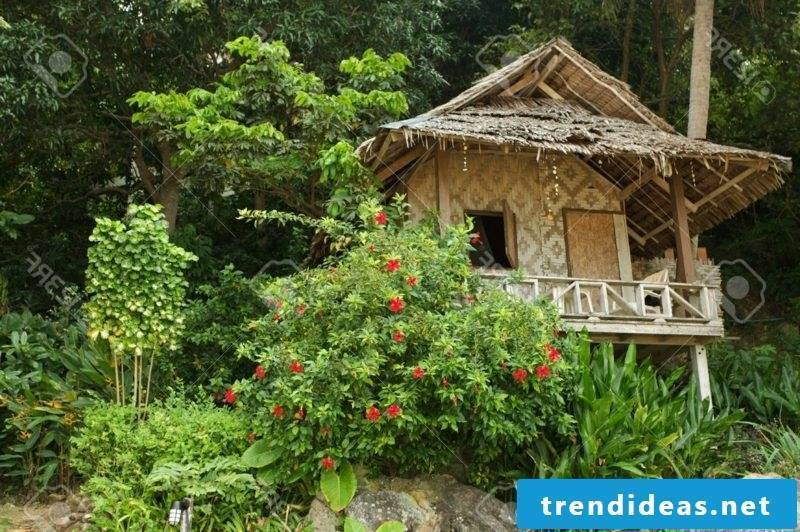 wooden bungalow thailand