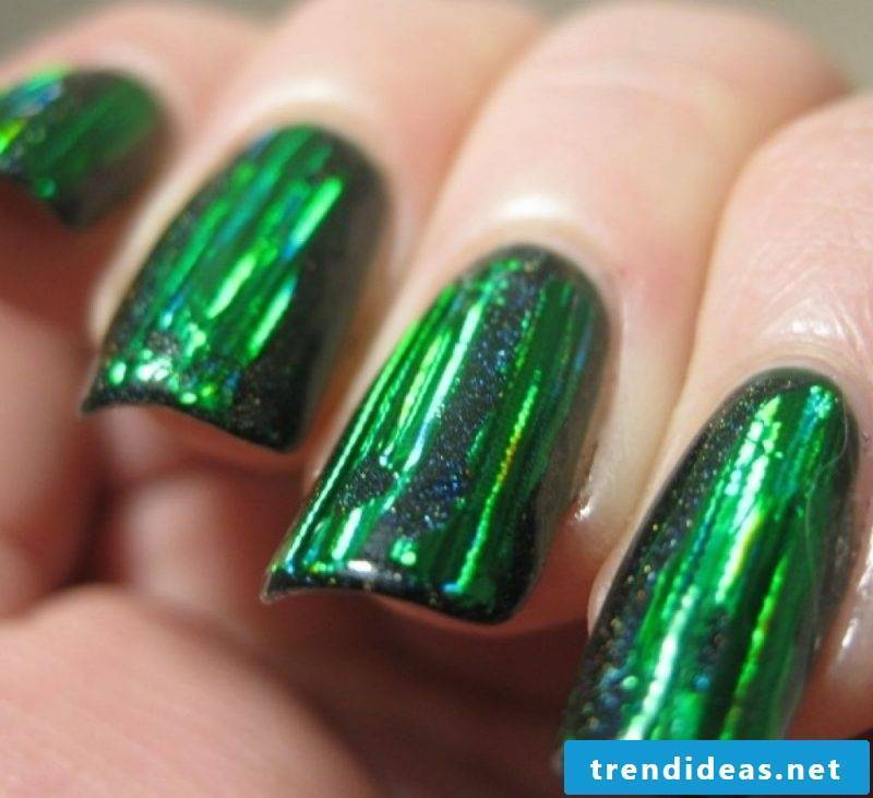 Gel nails pictures - Metallic pop colors have become fashionable