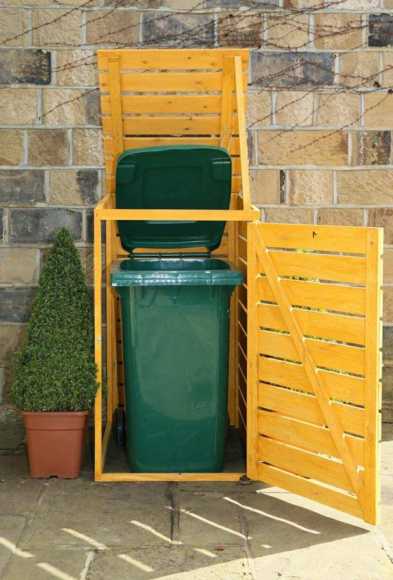 Door build garbage bin