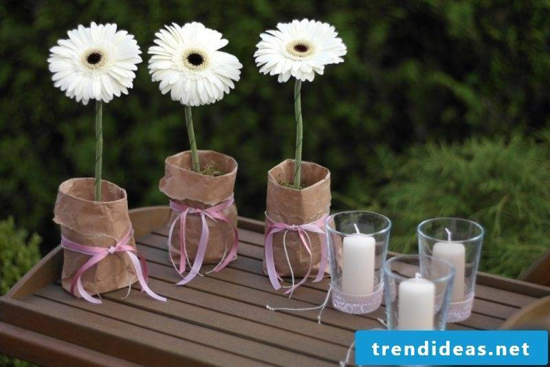 floral table decoration white