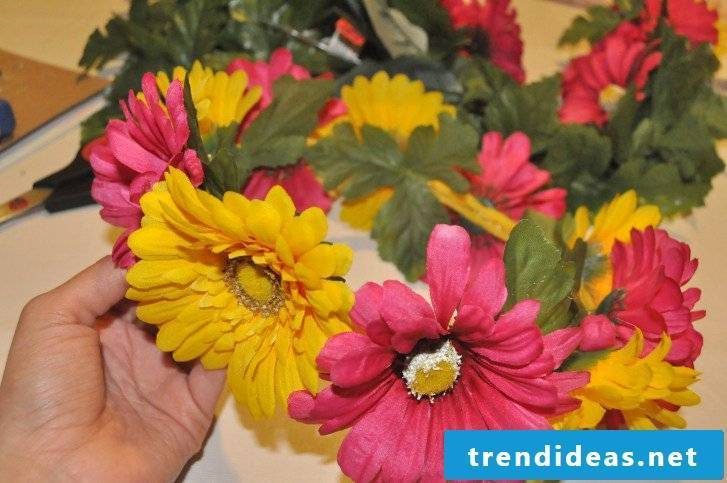 DIY Instructions for Gerbera Floral Wreath