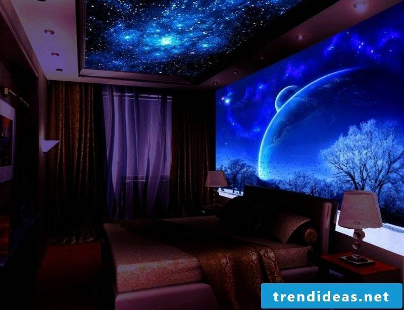 Bedroom wall decoration with self-luminous colors
