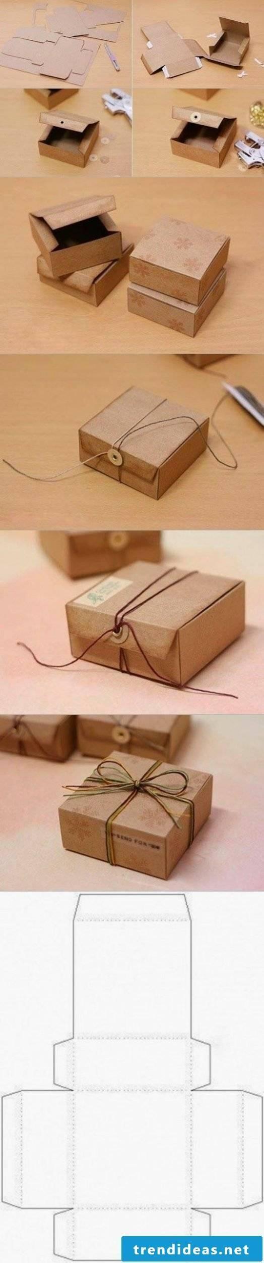 Cheap idea: box folding cardboard