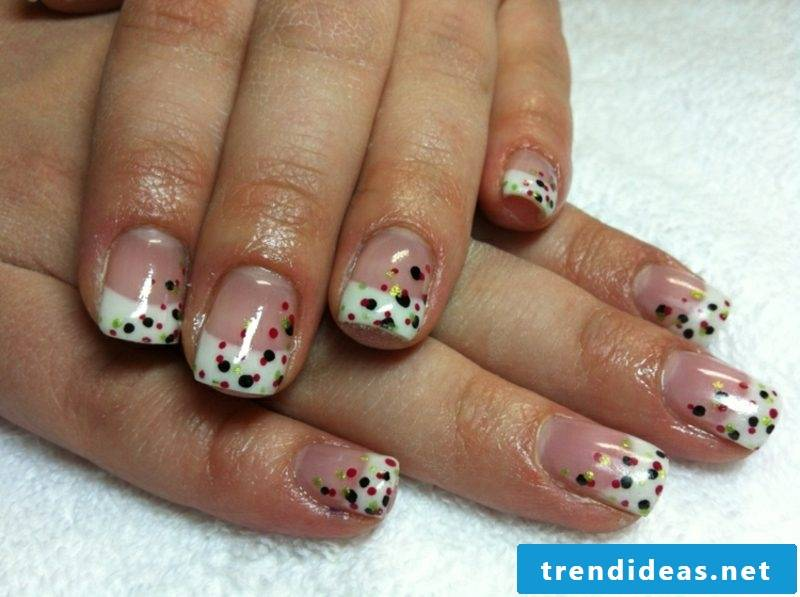 Gel nails French Spitz dot pattern